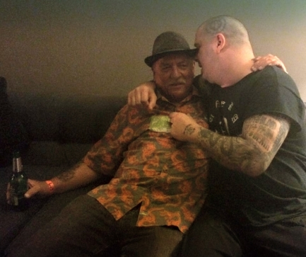 Phil Anselmo explaining to Frank that he needs to get back on the air!