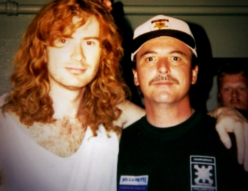 Dave Mustaine w/ his pal Frank (1995)